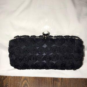 Stunning evening purse withrosettes